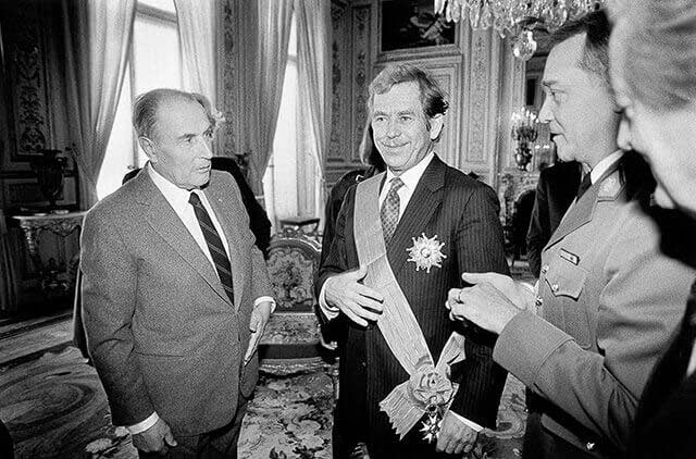 France, 19 March 1990 – Paris - Vaclav Havel receives the Grand Croix de la Legion d'Honneur from Francois Mitterrand